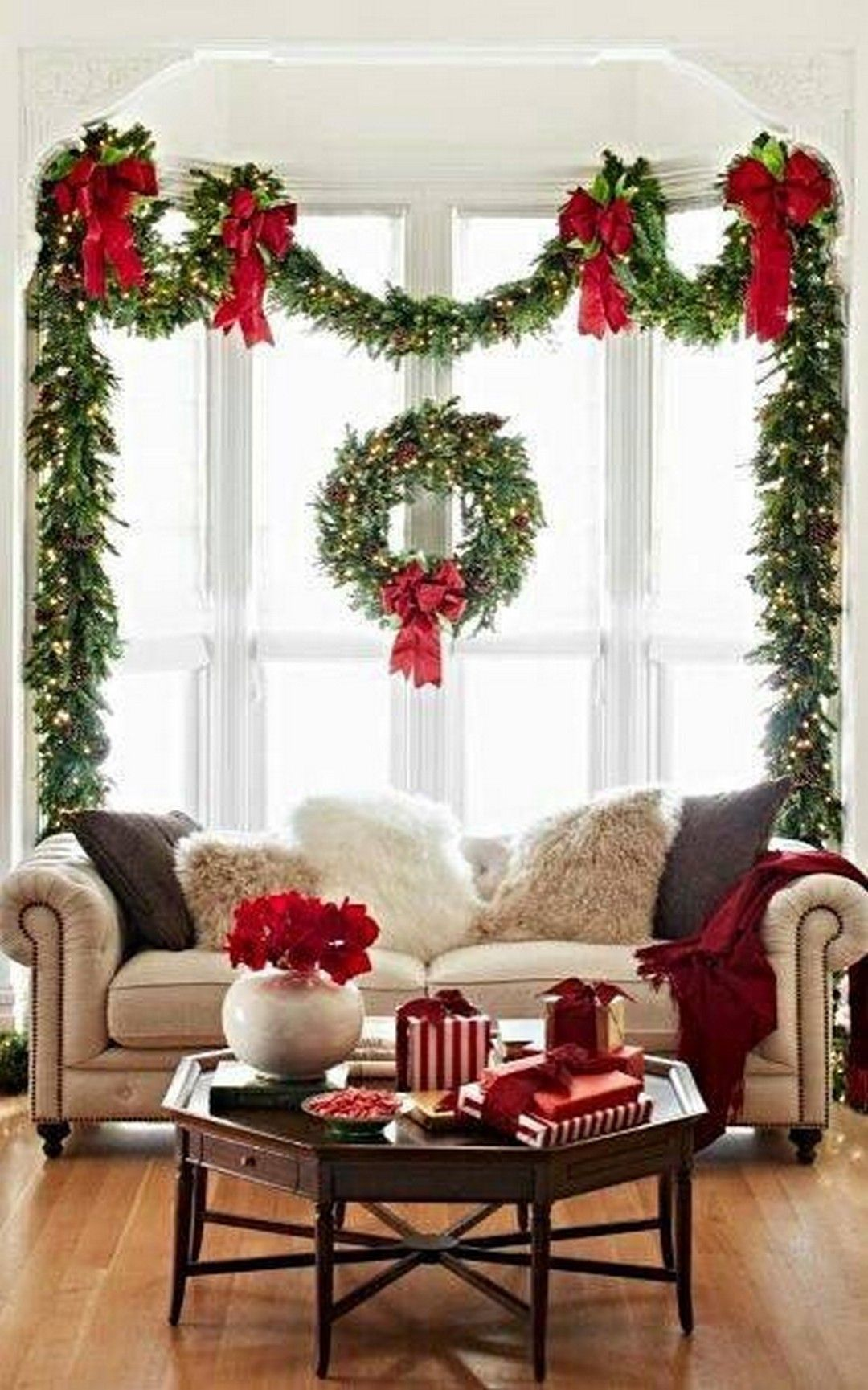 17 Most Popular Christmas Decoration On A Budget Vanchitecture Christmas Decorations Christmas Diy Outdoor Christmas Decorations