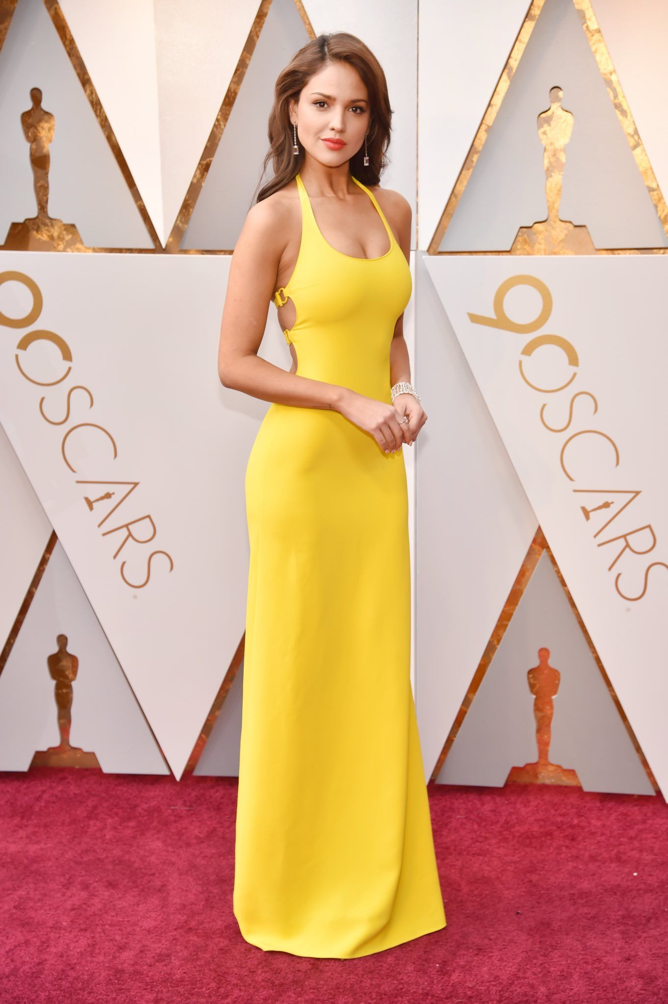 98caf3c015 Eiza Gonzalez arrives on the  Oscars red carpet wearing a Ralph Lauren  Collection gown.