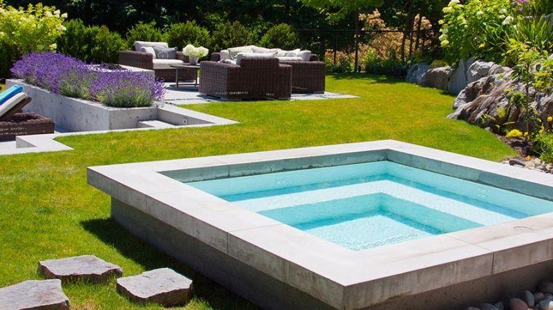 Whirlpool Garten Ideen Rasenfläche Modern