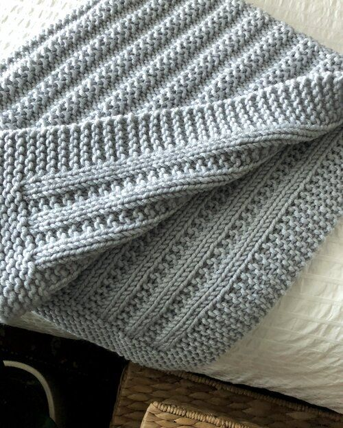 Easy to Knit Blanket Knitting Pattern for Bulky Weight ...