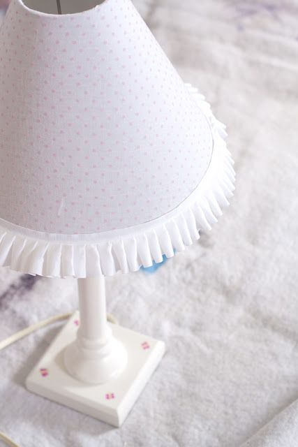Mrs Ricefield: Upcycled Lamp ~ girly style }{ Tutorial