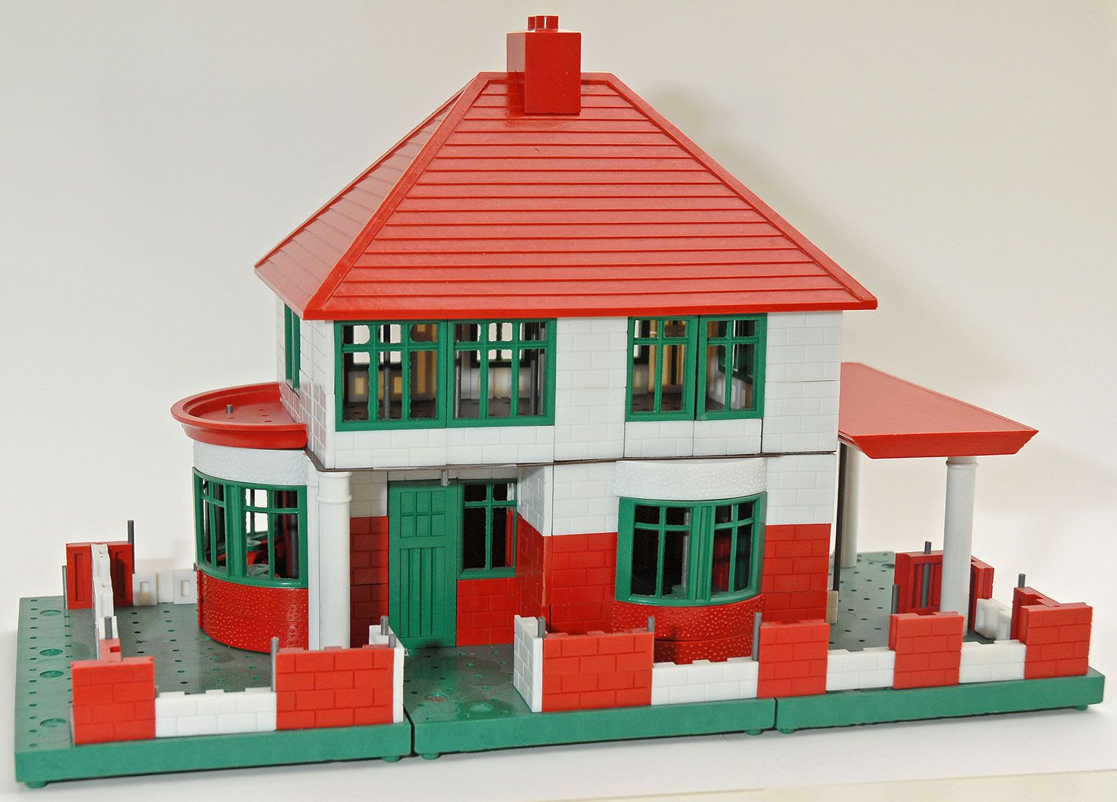 Model house bricks