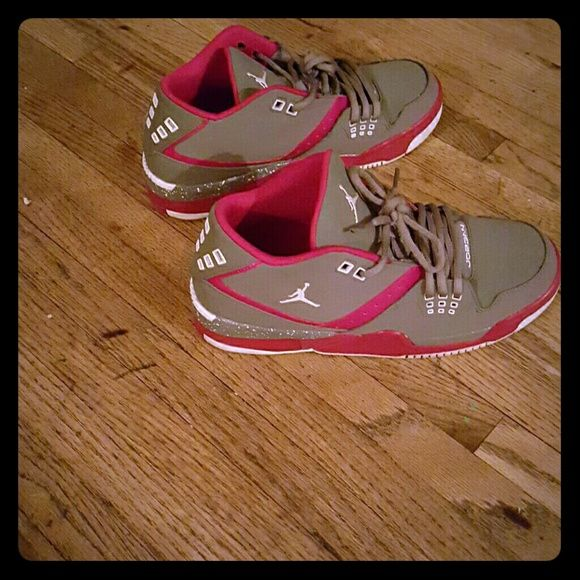 sports shoes bbecd d2dd8 Womens nike jordans Brand new womens size 7 but im a 8 and half and they