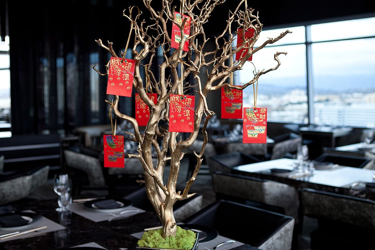 chinese new year red envelope tree Asian party themes