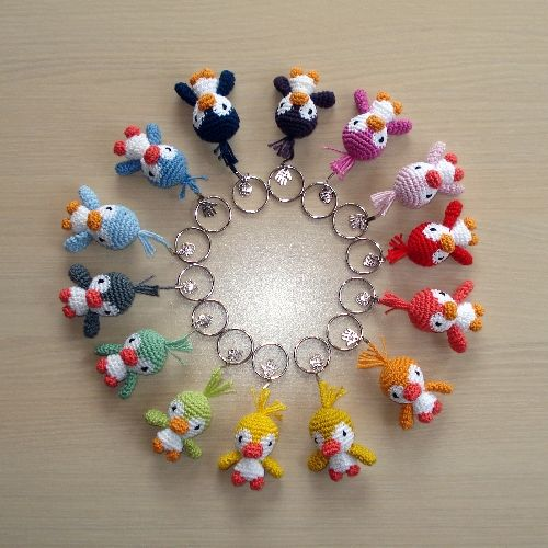 Emyhtana • An overview of all the keychain birds! Pattern at: http ...