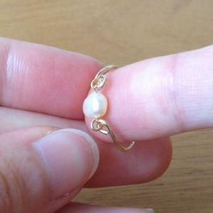 ファランジリング」とは第一関節と第二関節の間につける指輪のことです ...