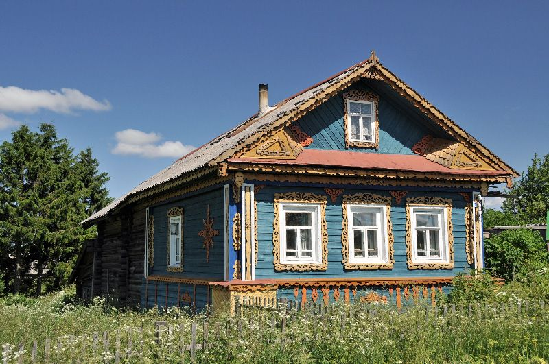 Russian Country House Northern Russia Along The Volga River By