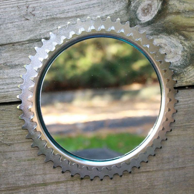 fahrrad zahnr der eignen sich als rahmen f r einen spiegel. Black Bedroom Furniture Sets. Home Design Ideas