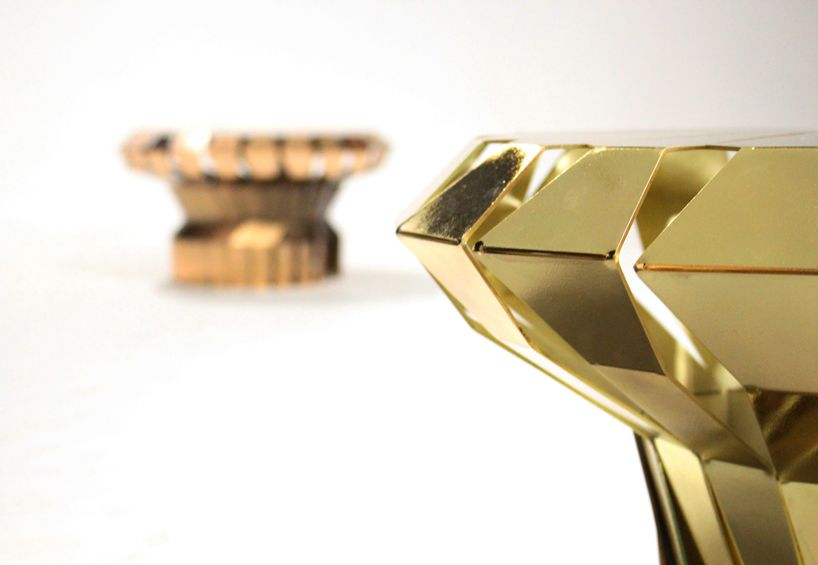 markus johansson rotates metal sheet into the fortress table