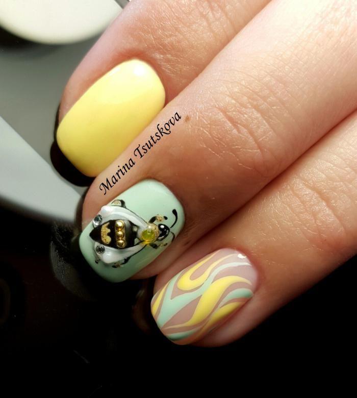 рисунки на ногтях пчелки фото