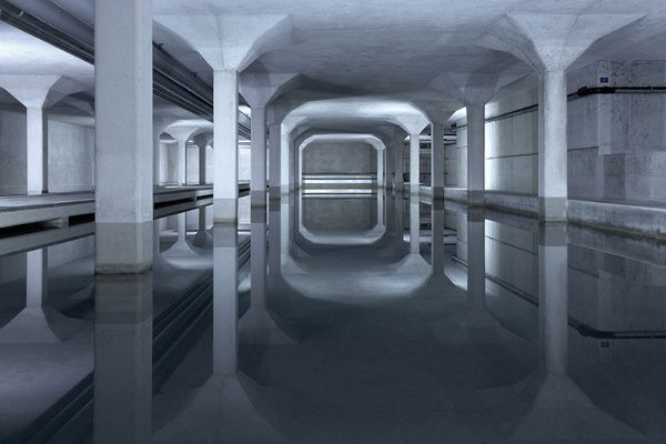 Photographie d'une architecture souterraine par Luca Zanier #grey #architecture #ip