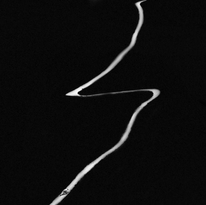 Ascension 2 est une composition photographique de Michel Kirch, à découvrir en vidéo sur notre galerie en ligne dans le cadre de l'exposition Mémoires Visuelles