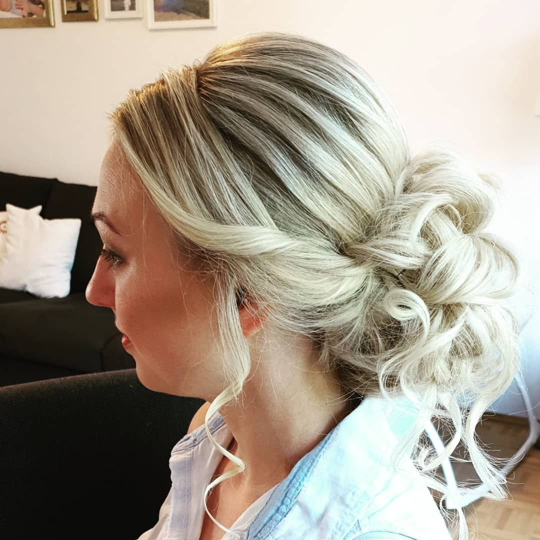 Hairstyling#makeup#professionellesstyling#professionalmakeupartist