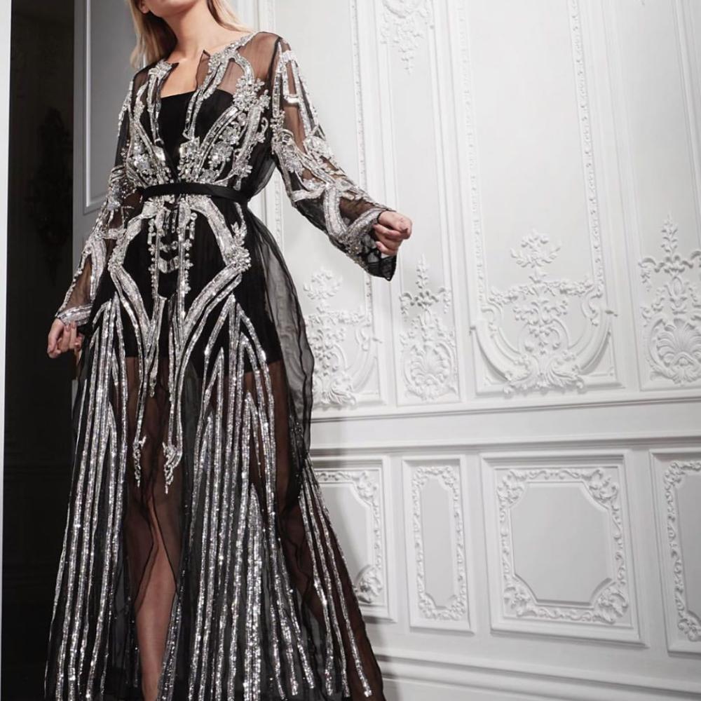 من ابداعات جسميكو تنفيذ القطعة بالطلب خلال 20 يوم 2100 ريال شامل بطانه وشحن ا جميع مايعرض شك يدوي Elegant Outfit Maxi Dress Long Sleeve Dress