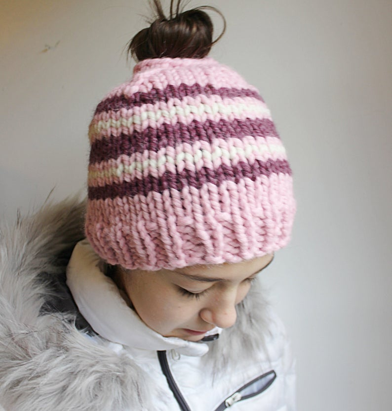 Messy Bun Knitting Pattern, Toboggan Hat Knitting Pattern, Bun Hat Knitting Pattern, Messy Bun Patte #kidsmessyhats