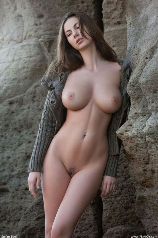 Pity, that Hot nude brunette landing strip