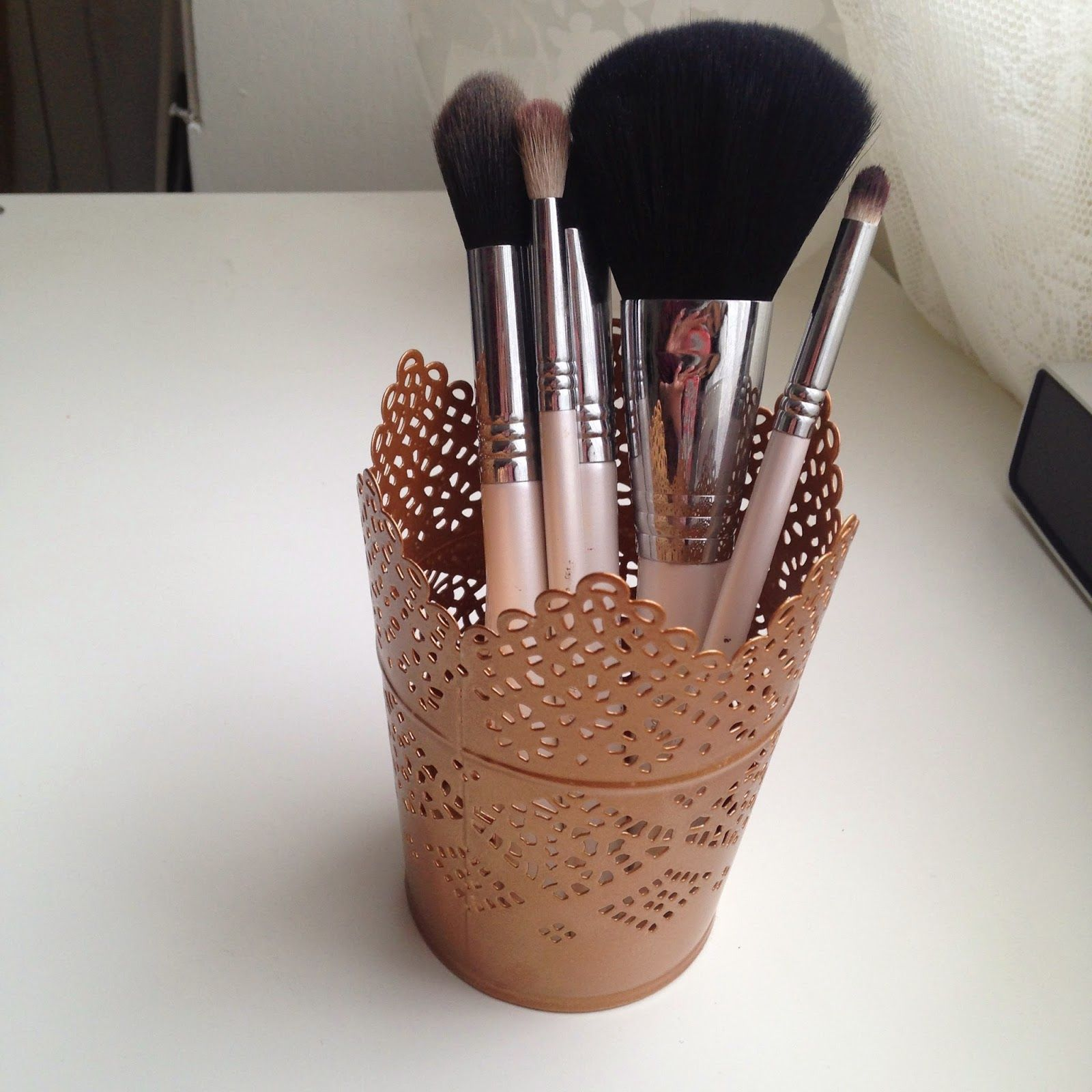 DIY ROSE GOLD BRUSH HOLDERS DIY Crafts Pinterest