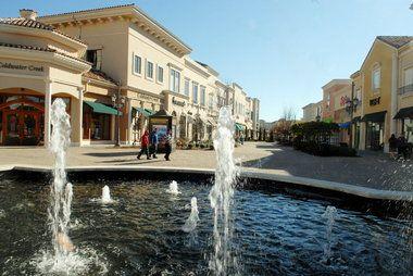 Retail Center Component Of Bridge Street Town Centre In Huntsville Is Acquired Huntsville Street Towns