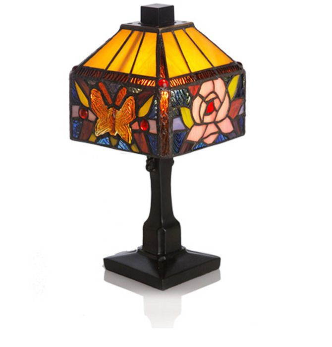 River of goods 11 75inchh stained glass rose butterfly accent table lamp riverofgoods stainedglass