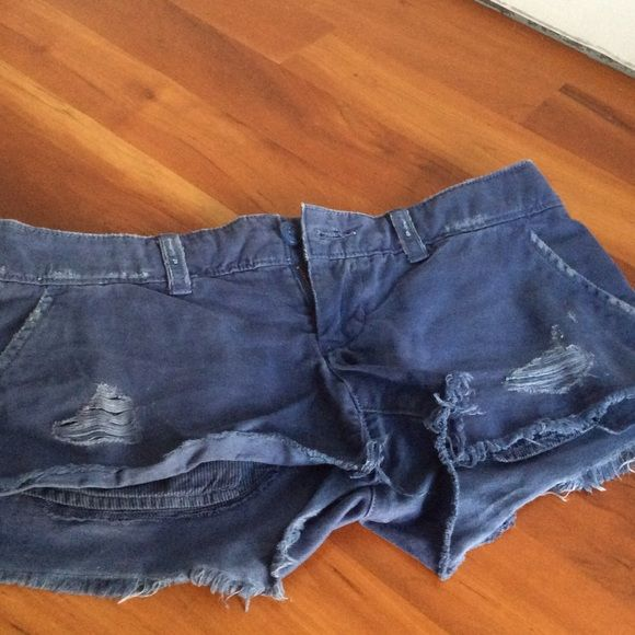 American Eagle Outfitters short sz 0 American Eagle Outfitters cotton short size 0, in a soft weathered blue. American Eagle Outfitters Shorts