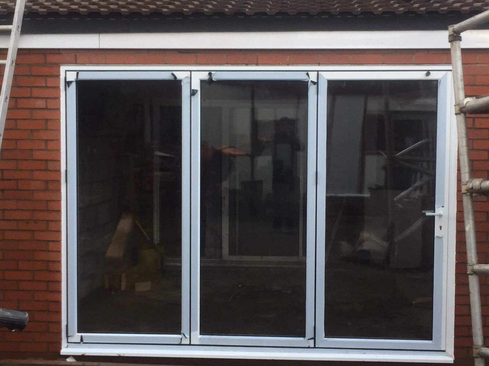 A 3 Leaf Door In White Fitted In Coventry Size 2900 2100 Opening To The Left And That S How You Make An Extension That Ll B Bifold Doors Windows Doors
