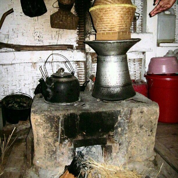 Tungku kayu - traditional kitchen #kampung naga #heritage - @widwod- #webstagram