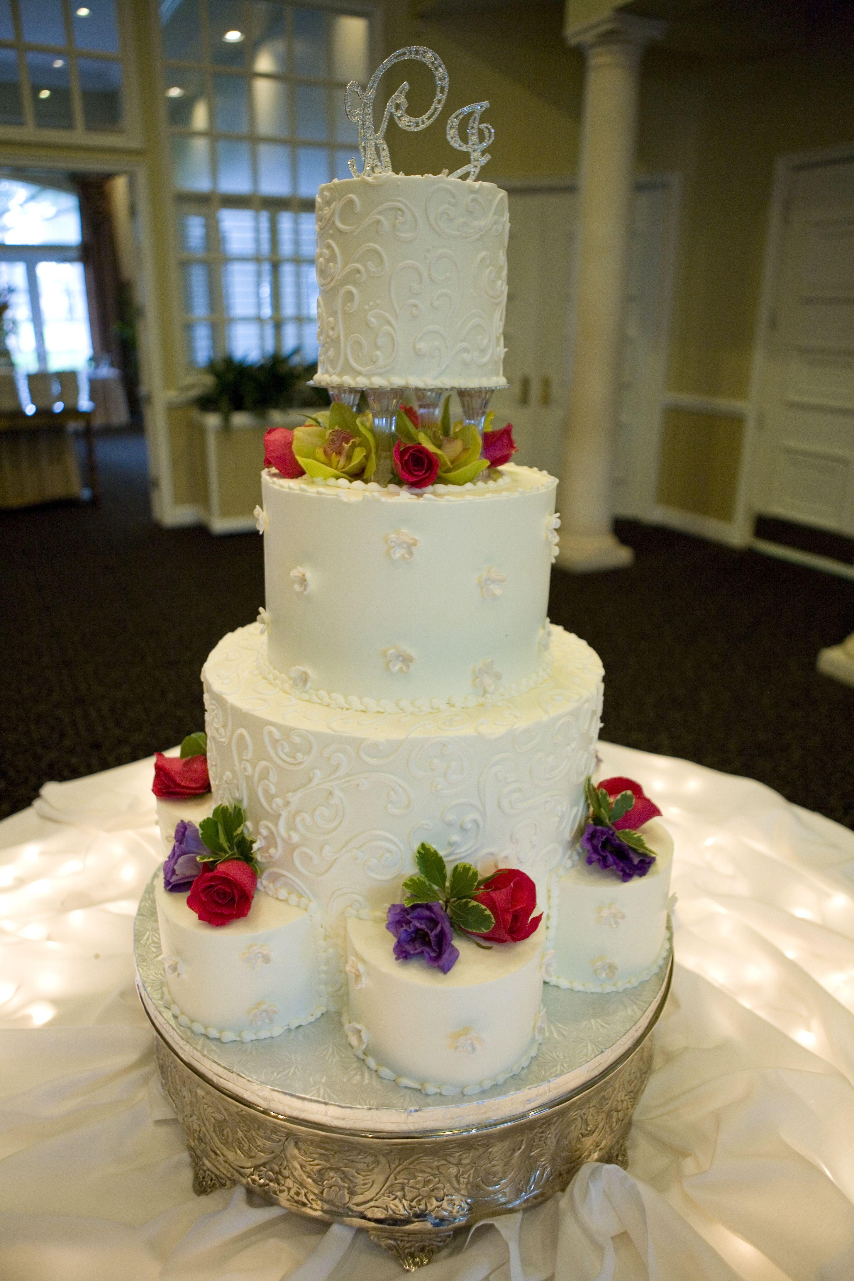 Wedding Cake By Edgewood Bakery Jacksonville FL Photo By Tonya