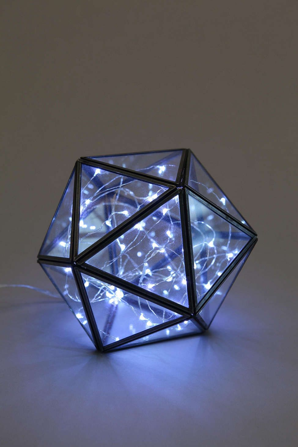 Turning triangles terrarium light up my life pinterest hogar