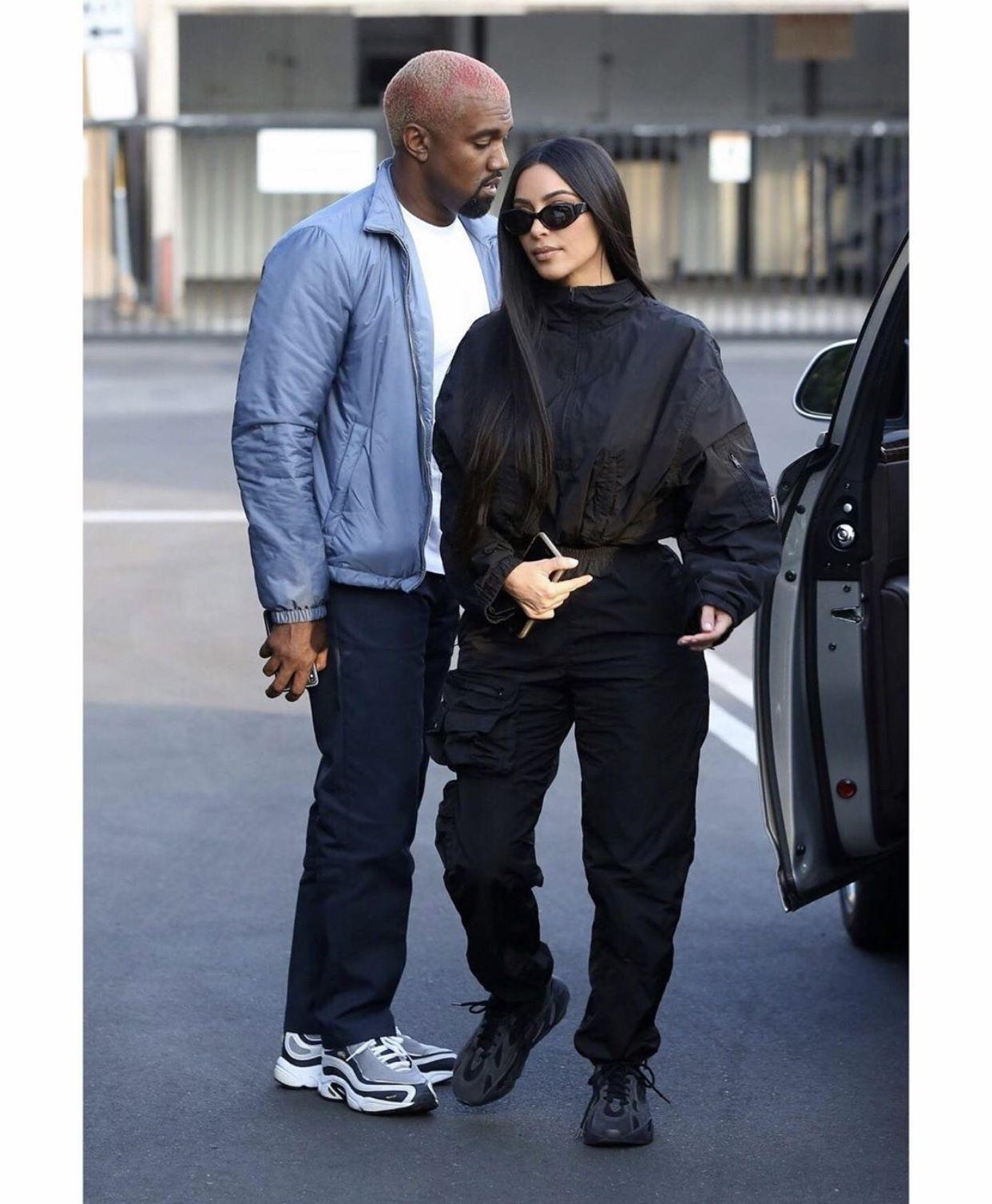 Pin By J Pvblo On Hang Kim Kardashian Outfits Kim Kardashian Style Kim Kardashian And Kanye