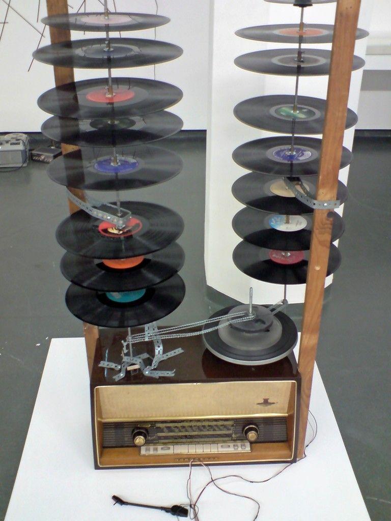 Nam June Paik Schallplatten Schaschlik 1963 Art