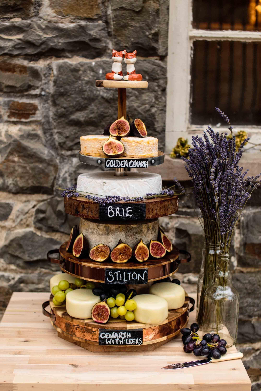 Wedding Cakes Ideas Hochzeitstorten Wedding Cheese Cake Cake Country Wedding Cake Country Wed In 2020 Hochzeit Kase Hochzeitstorte Einfach Hochzeit Essen Stationen