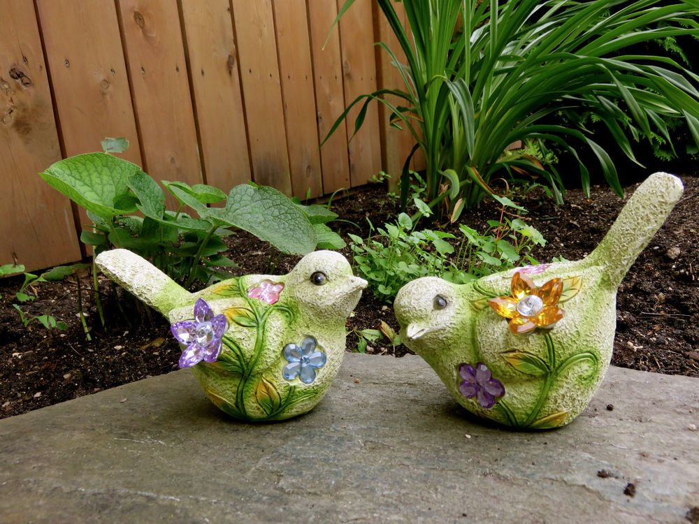 2 BIRDS FIGURINES RESIN 5x4.5 IN.DECOR HOME with crystals yard ORNAMENTS FUN NEW
