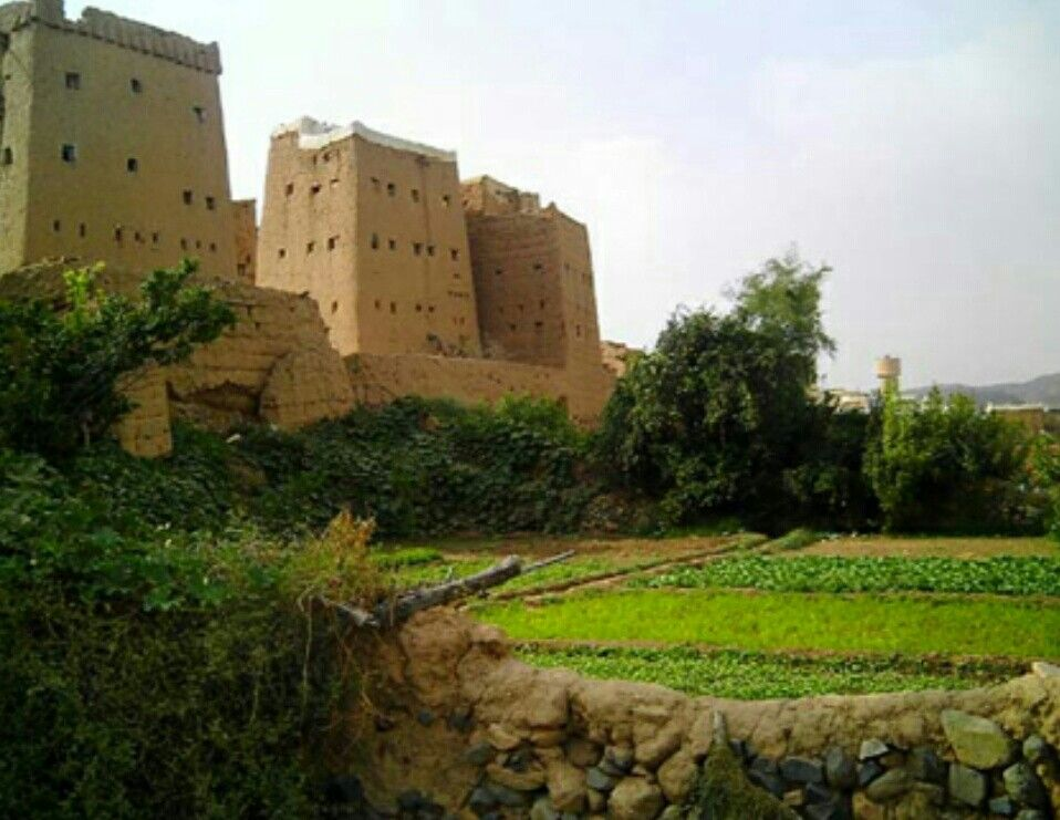 ظهران الجنوب السعودية Nature Photography Monument Valley Travel Blogger