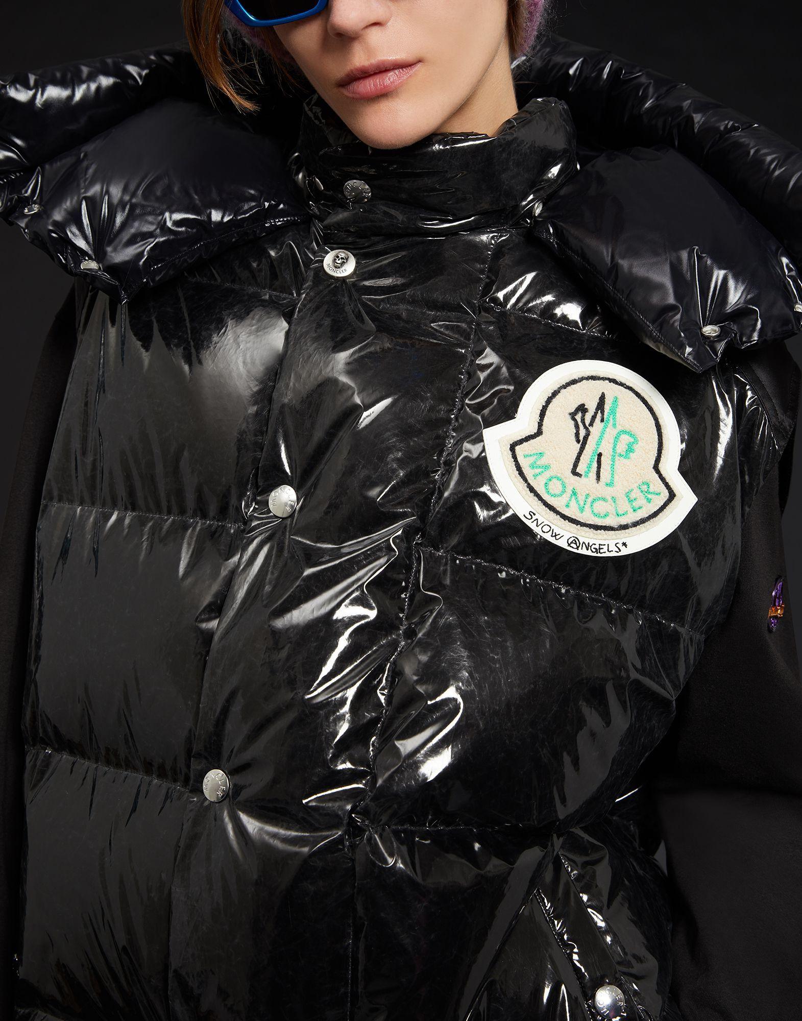 Moncler SKIN in 2019 | Regenjacke und Jacken