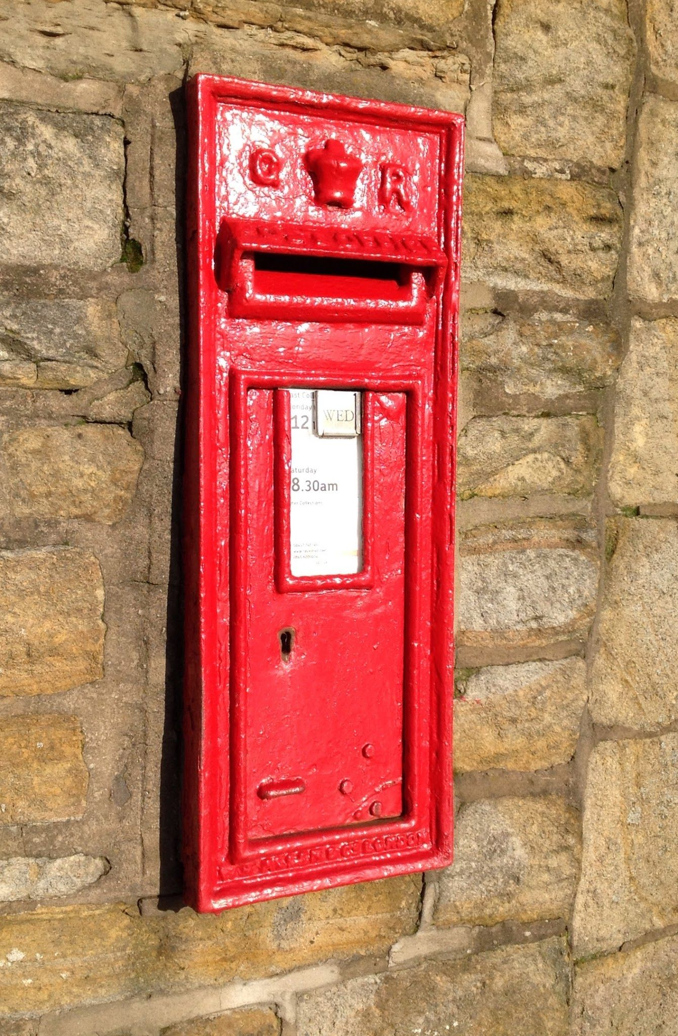 Pin By Kathy On Antique Mailbox Antique Mailbox Post Box Phone Box