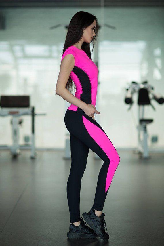 e5fb6f4abe Pink Set Leggings T-shirt yoga set Workout set leggings women Woman outfit Workout  leggings Pink T-s