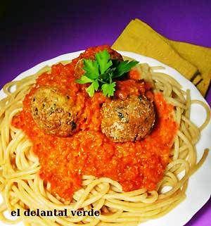 espaguetis con albondigas
