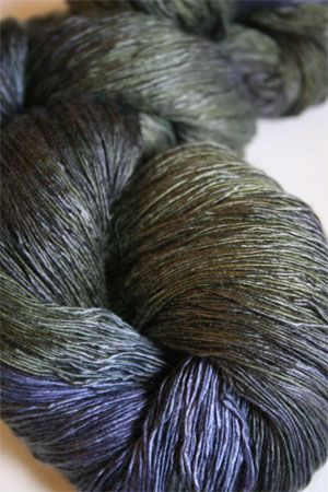 Artyarns Ensemble Light in H4 Scarab