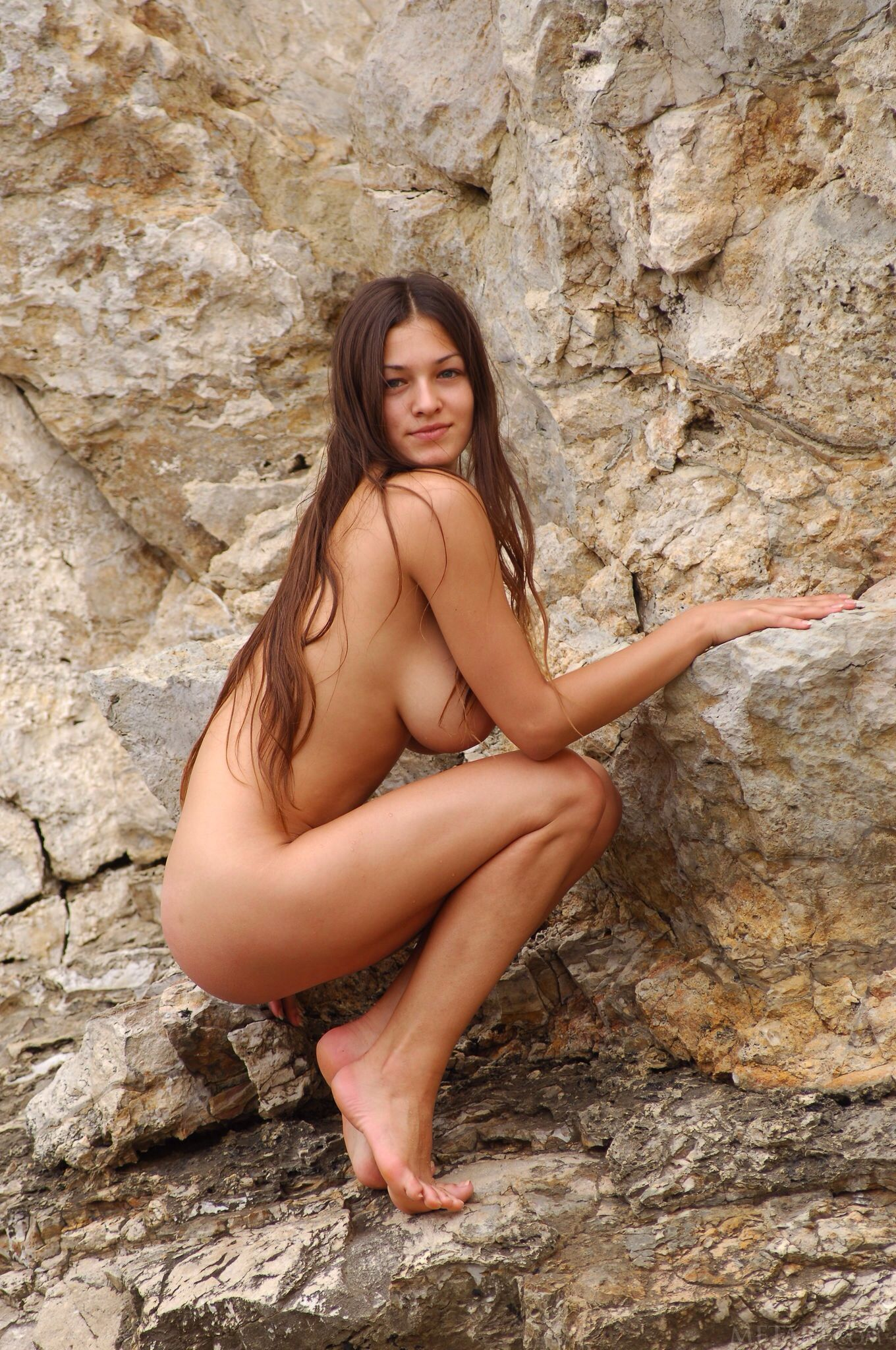 Teen nude sexy girls rocks