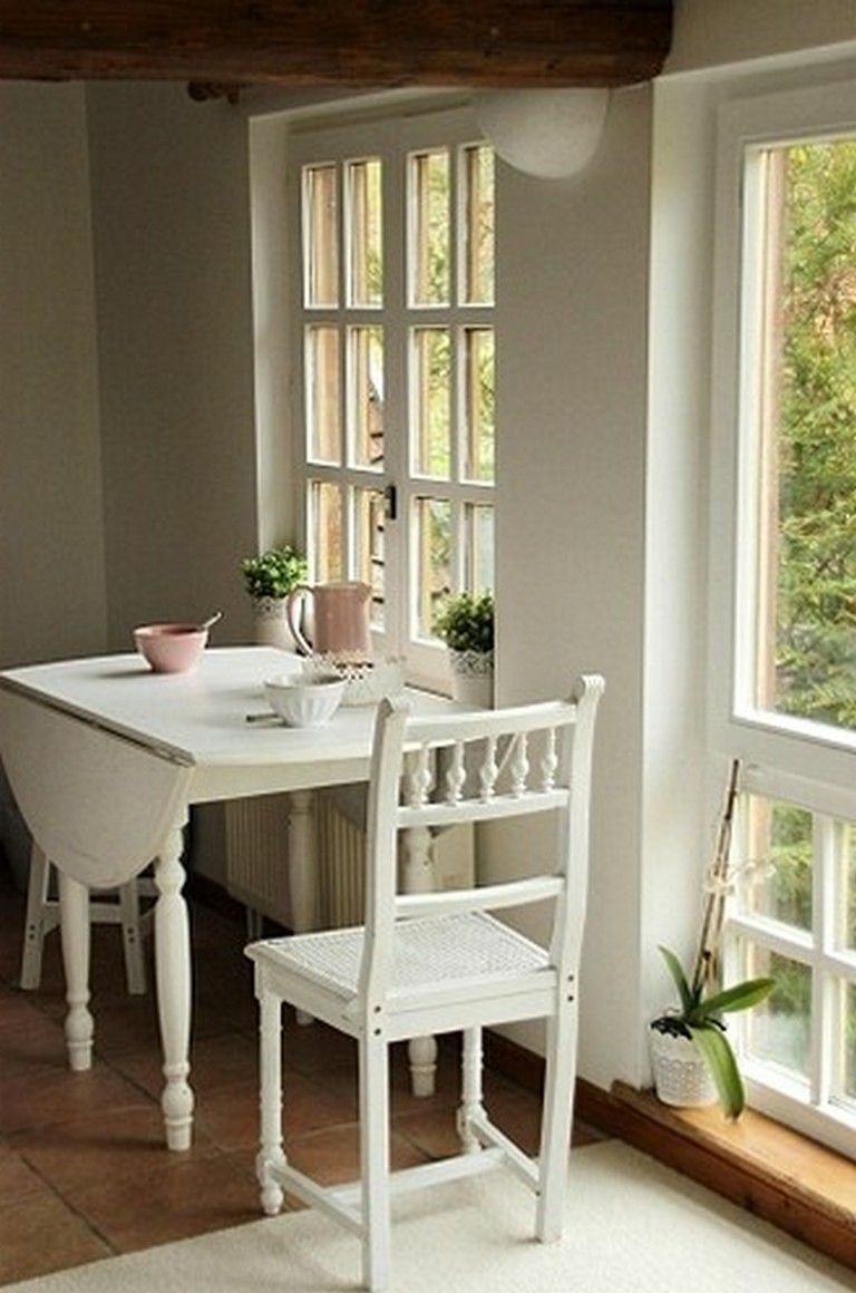 9+ Petty Small Kitchen Tables Ideas for Every Space and Budget ...