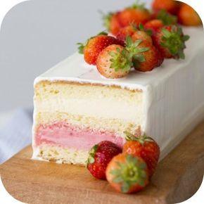 receita-bolo-baunilha-mousse-chocolate-branco-sorvete-morango-ickfd-danielle-noce5-detalhe
