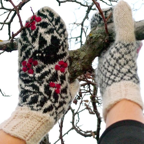 Starri Icelandic mittens knitted with Gryla (6)