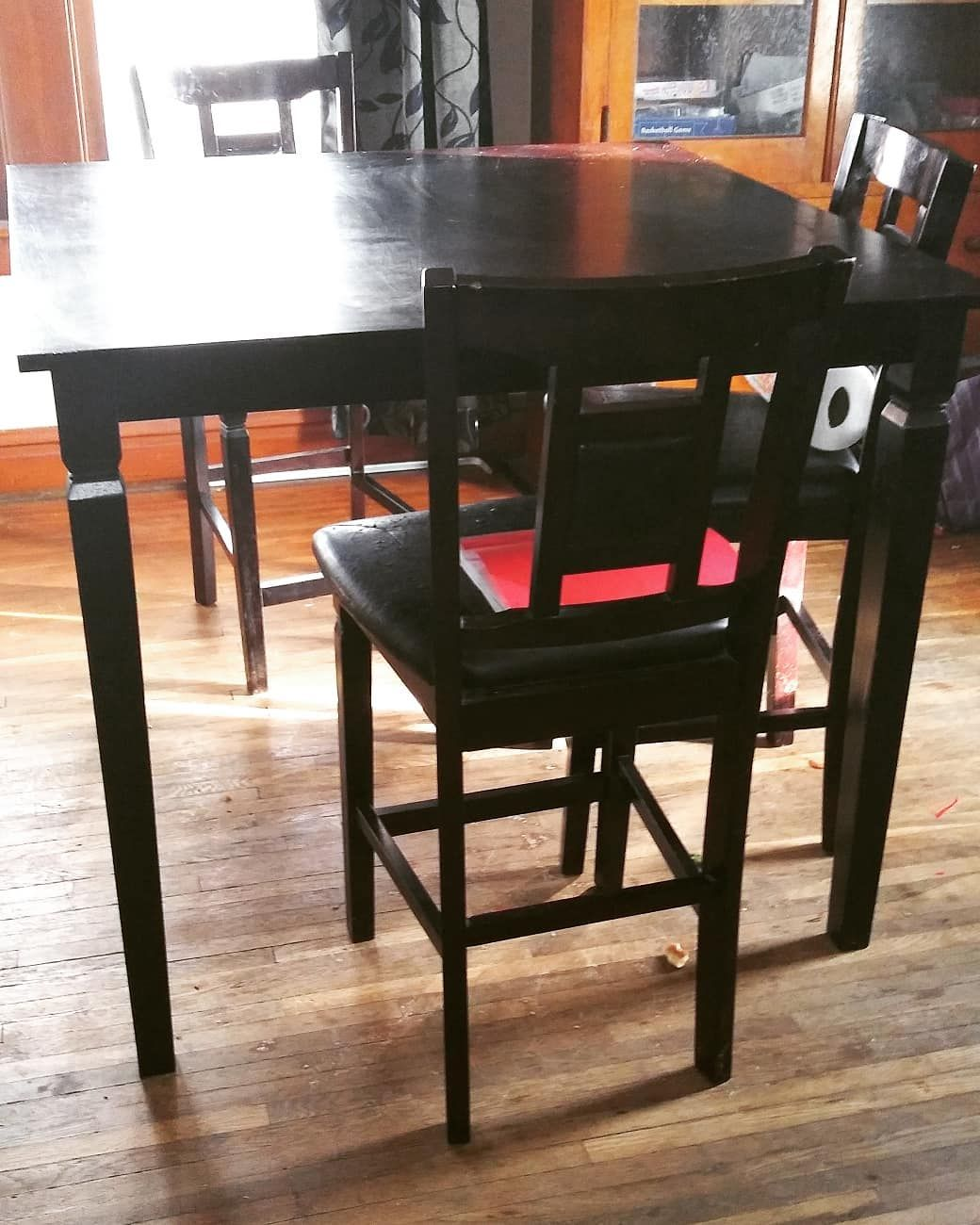 Revamped Old Free Table And Chairs Nailed It With Images