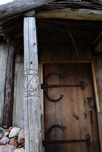 Entry Wcarved Post Mglc Pinterest Vikings Doors And Building