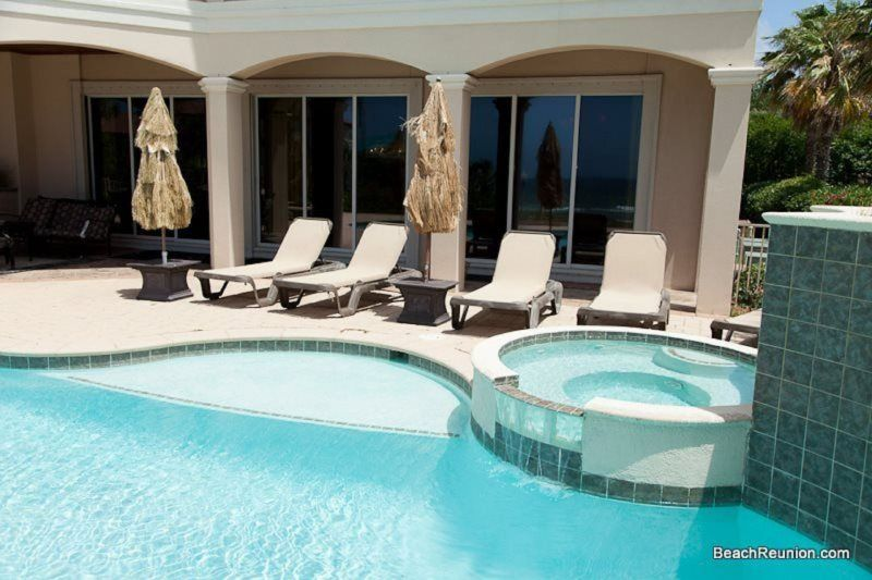Over The Top Features A Large Private Pool And Hot Tub Destin Florida Beach Tops