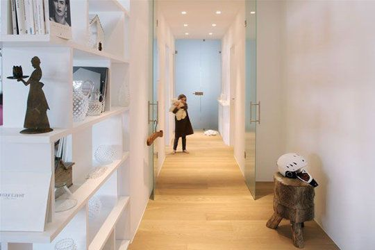 Sobriété et élégance pour ce joli couloir - Des couloirs qui font ...