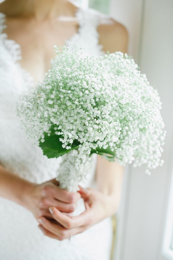15 of our favorite cream and white wedding bouquets the snapknot 15 of our favorite cream and white wedding bouquets the snapknot blog kate connolly photography mightylinksfo
