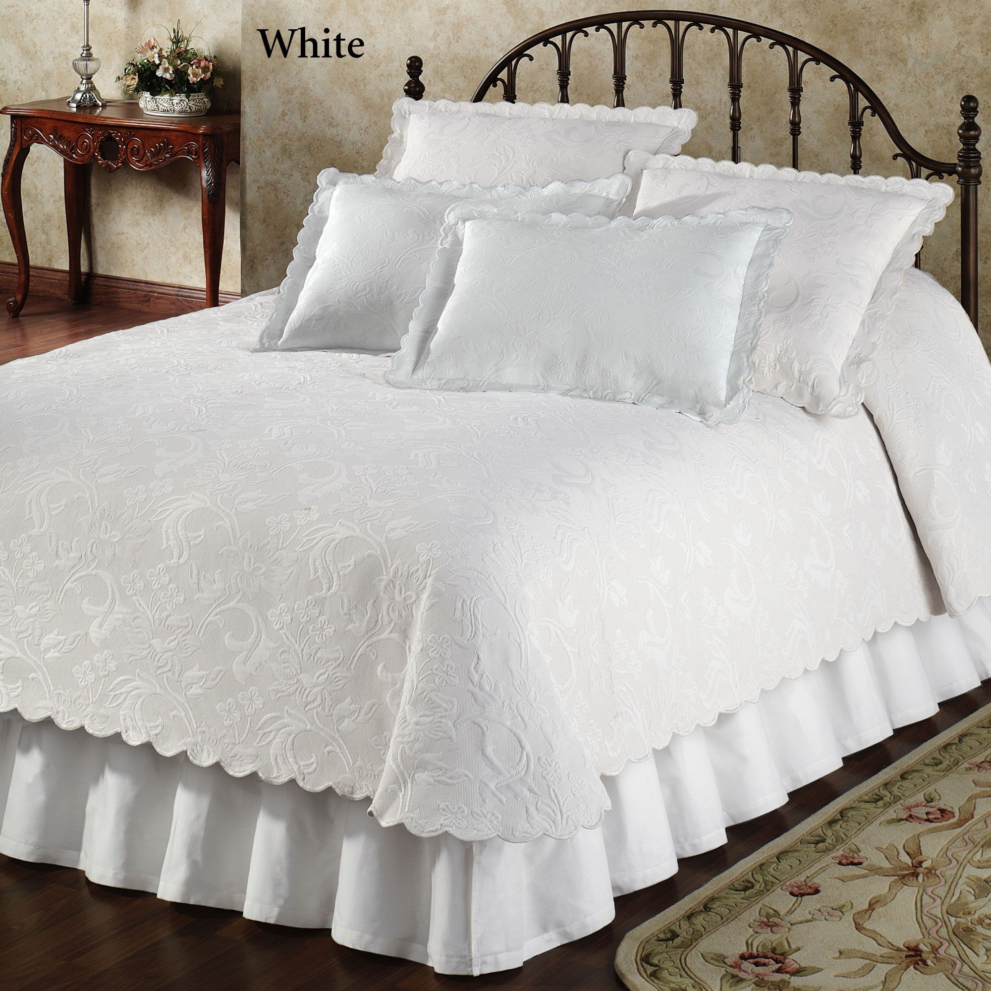 bedspreads bedding french ideas anddspreads elegant for of curtain quilts with easy country and size collection bedroom comforters themed the inspirations full comforter sets luxury blanket bedrooms fabulous catalog curtains jla online thedroomdding enchanting fascinating california ensembles