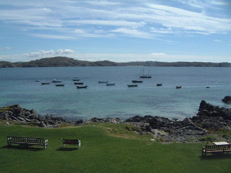 Looking Over The Sound Of Iona From Argyll Hotel Pictures Around Tranquil Island Isle Scotland And Tourist Information