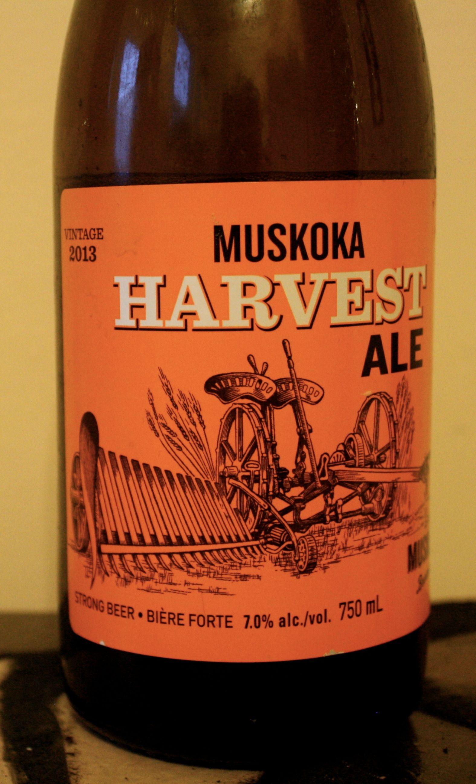 Muskoka Harvest Ale Is A American Pale Ale Apa Style Beer Brewed By Muskoka Brewery In Gravenhurst On Canada Bier Ale Speciaal Bier